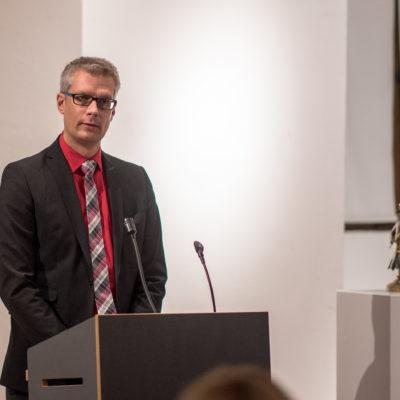 OB Dr. Uwe Kirschstein