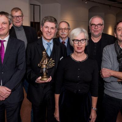 Horst Kummeth mit früheren Kulturpreisträgern